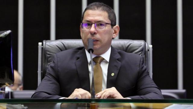 MP da Eletrobras será votada na próxima semana, diz vice-presidente da Câmara